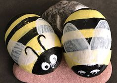 Bumblebee Duo jardin des pierres roches peintes