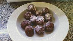Πανεύκολα σοκολατάκια φουντουκιού Plum, Muffin, Fruit, Breakfast, Food, Morning Coffee, Essen, Muffins, Meals