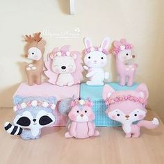 Felt Diy, Felt Crafts, Fabric Crafts, Diy And Crafts, Felt Animal Patterns, Stuffed Animal Patterns, Sewing Toys, Sewing Crafts, Baby Mobile