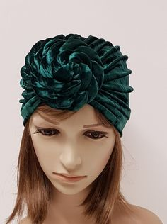 Green top knot turban for women, velvet front knotted turban, elegant rosette turban, large donut turban hat, velvet turban by accessoriesbyrita on Etsy Turban Hat, African Braids, Long Ties, Head Accessories, Crochet Baby Booties, Bad Hair, Green Tops, Cute Woman, Top Knot