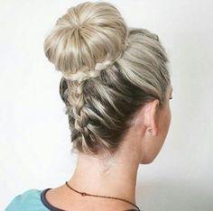 прическа гулька с косой