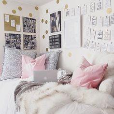 Image result for pastel dorm decor