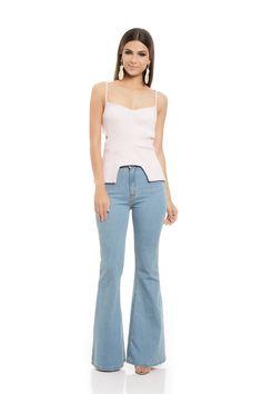 Calça Cintura Alta Flare Jeans Claro - roupas-calcas-iorane-f-calca-cintura-alta-flare-jeans-claro Iorane