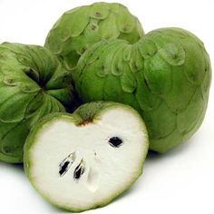 """Chirimoyas, or """"the fruit of the gods"""", as the Spanish people called them when first arriving to Peru"""