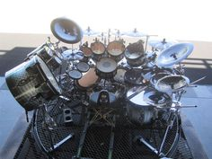 Joey Jordison - Slipknot's drummer knows how to get down