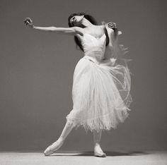 Gelsey Kirkland joined the New York City Ballet in 1968 at age fifteen, at the invitation of George Balanchine himself.