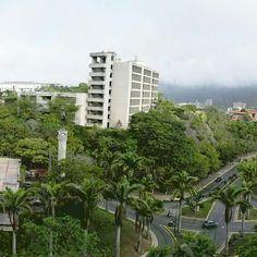 Universidad Santa María  Fotografía cortesía de @ismeidy  Etiquétanos en tus…
