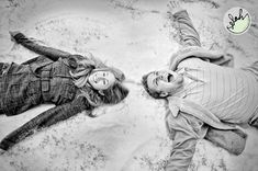 Winter Engagement Photographer | Denver, CO Winter, Spring, Summer or Fall – each season brings its own personality to an engagement photography session in Denver, Colorado. The engagement photographs in Denver during the different seasons produce distinct moods, but none supersede the other