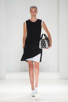 Victoria Beckham Spring 2014. Loose fit black and white summer mini dress
