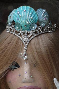 Seashell Sea queen crown mermaid tiaraseashell by TheMuseCreations Sea Costume, Shell Crowns, Seashell Crown, Sea Queen, Mermaid Parade, Mermaid Photos, Mermaid Crown, Halloween Costume Accessories, Queen Crown