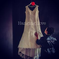 Bride Hanging Love, cuelga tu vestido de novia de un Hanging Love, disponibles para la República Mexicana