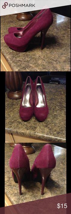 Women Raspberry close toe high heels pumps Great condition worn once.. a little wear not much.. no box Shoes Heels