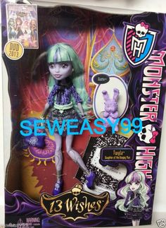 Monster High 13 Wishes Twyla Daughter of the Boogie Man with Pet Dustin