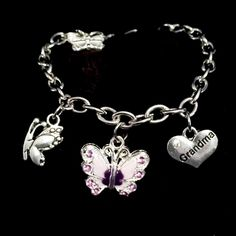 Wear your Angel's Love for everyone to see, wrapped around your wrist for infinity.The charm link bracelets by HEAVENSBOOK ANGELS™is to be worn by anyone who has an Angel in Heaven.Makes a beautiful custom sympathy gift for yourself or anyone who is struggling with the loss of a loved one.Perfect for funerals, birthdays, angelversaries, holidays, remembrance functions, fundraising, or any heartfelt gesture.Each item arrives individually gift wrapped ...