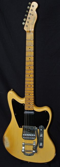 "Fender Custom Shop John Cruz Masterbuilt Relic Jaguar w/ Bigsby. ""master""piece."