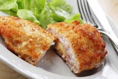 Homemade chicken cordon bleu with thermomix - Thermomix recipe - Homemade chicken cordon bleu with thermomix. I offer you a recipe for homemade chicken Cordon Bleu, easy and simple to prepare at home with the thermomix. Baked Chicken Cordon Bleu, Thin Sliced Chicken, Food Porn, Good Food, Yummy Food, Tasty, Chicken Recipes, Keto Chicken, Boneless Chicken