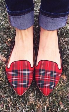 Tartan ❤️ Woman Trousers woman flogged for wearing trousers Tartan Fashion, Look Fashion, Fashion Shoes, Womens Fashion, Latex Fashion, Gothic Fashion, Tartan Mode, Tartan Plaid, Tartan Shoes