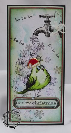 For this card I used the tap stamp from Carabelle Studios. I love their funky stamps and it was just perfect with the Tim Holtz crazy bird.