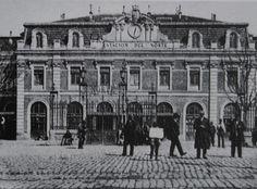 Estación de Norte hacia 1900 Barcelona, Foto Madrid, Spanish Architecture, Old City, Old Pictures, Valencia, Spain, Louvre, Street View