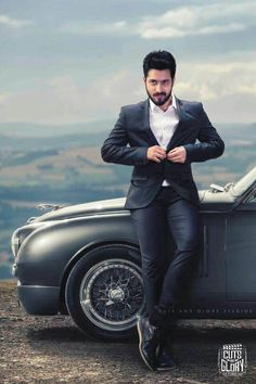 Indian Men Fashion, Mens Fashion, Indian Man, Mobile Wallpaper, Eye Candy, Best Friends, Cinema, Handsome, Wallpapers