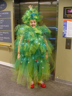55 New Ideas Funny Christmas Outfits For Women Melissa Mccarthy Funny Christmas Outfits, Diy Ugly Christmas Sweater, Christmas Humor, Christmas Themes, Christmas Fun, Ugly Sweater, Christmas Ornaments, Christmas Tree Halloween Costume, Christmas Tree Dress