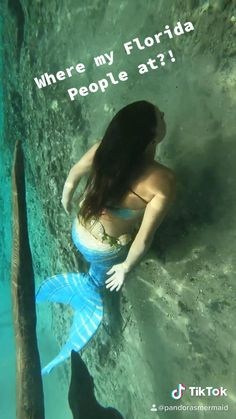 Swim with a live mermaid today! Mermaid Videos, Mermaid Gifs, Swimming Videos, Professional Mermaid, Underwater Video, Mermaid Swimming, Mermaid Room, Mermaid Pictures, Little Mermaid Birthday