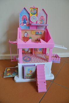 Sweet Secrets house/jewellery box