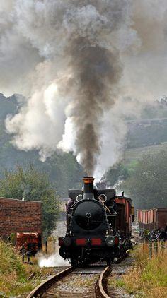 'Bellerophon' Steam Trains Uk, Old Steam Train, Train Car, Train Tracks, Old Trains, Vintage Trains, Train Posters, Choo Choo Train, Train Times