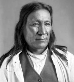 Mahto Ocinsica - Iháŋktȟuŋwaŋna Nation - Was born in Minnesota near the Mississippi River in Native American Images, Native American Tribes, Native American History, American Women, Native Indian, Native Art, Before Us, First Nations, Sioux Nation