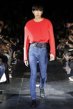 Y/Project Spring 2016 Menswear Fashion Show