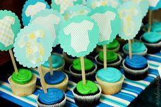 baby shower cupcakes @Sabrina Ressel - these icing colors will be perfect, along with orange!