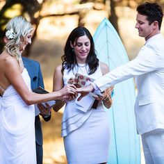 25 Ways to Personalize Your Wedding Ceremony : Brides.com