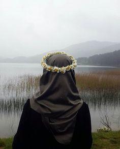 hijab and muslim Hijab Niqab, Hijab Chic, Hijab Outfit, Anime Muslim, Muslim Hijab, Muslim Girls, Muslim Women, Muslim Couples, Hijabs