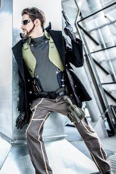 Kickass Adam Jensen #cosplay from #DeusEx Human Revolution