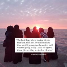 "aesthetically-islamic: ""Friends that make plans according to prayer times are the ones you need to hold onto ❤️ Friends have a huge impact on you, make sure they are having a positive impact, at the end of the day they will be in the first line of. Islamic Quotes Friendship, Islamic Qoutes, Islamic Inspirational Quotes, Muslim Quotes, Religious Quotes, Islamic Art, Besties Quotes, Best Friend Quotes, Bestfriends"