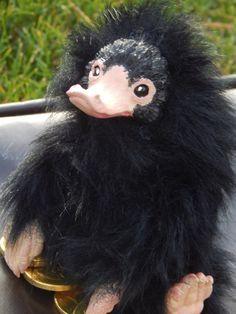 Niffler Kunst Puppe Phantastische Tierwesen von aDragonsChest