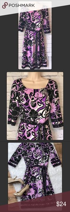 "⤵️$24 TAHARI Purple Black Floral Dress Tahari Scoop Neck Purple Floral Dress Sz 6. Pit to pit measures 21"" Length from shoulder 41"". Polyester Spandex Blend. Gently used with no flaws. Tahari Dresses"