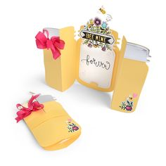 Sizzix.com - Bee Mine Forever Fold-a-Long Card