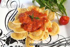 #BomDia! Dica fácil para o #almoço, é leve, rápida e deliciosa, é o Ravioli de Frango ao Molho de Tomate!  #Receita aqui: http://www.gulosoesaudavel.com.br/2011/08/15/ravioli-de-frango-ao-molho-de-tomate/