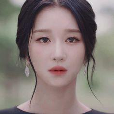 Korean Actresses, Actors & Actresses, Weightlifting Fairy Kim Bok Joo, Kim Ji Won, Jennie Kim Blackpink, Beyond Beauty, Iu Fashion, Gorgeous Women, Beautiful