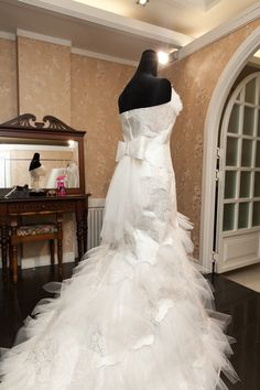 Z:IN VERA WANG Dress Vera Wang Dress, Mermaid Wedding, Wedding Dresses, Fashion, Bride Dresses, Moda, Bridal Gowns, Fashion Styles