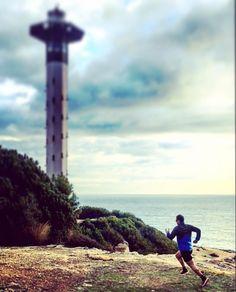 Acabamos el año como lo empezamos. Y contento de compartir rutas siempre que puedo con mi bro  @luisirralde #runforrun #runhappy #happyrunner #runner #run #tetelonsky #running #runningman #goodmorning #bondia #torredembarra