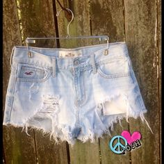 ☮ Distressed Hollister Shorts ☮ Hollister Denim Shorts ☮ Size 3 or 26W ☮ Light-wash with Distress & Fringed Hem ✌️  CLOSET MUST Never Worn or Washed NO TRADE Lowball offers will be Rejected✌️ HAPPY POSHING ✌️ Hollister Shorts Jean Shorts