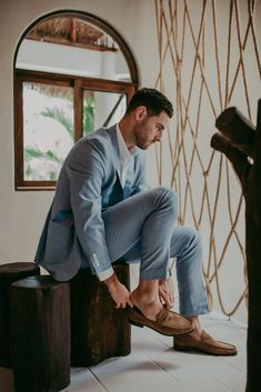 Groom, Ryan getting ready for his Tulum nuptials to Katie Photo: @buttonup_photo Groom And Groomsmen Attire, Groom Outfit, Wedding Ring For Her, Romantic Proposal, Wedding Giveaways, Wedding Frames, Riviera Maya, Tulum, Ethereal