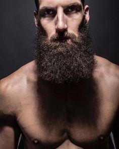"love the beard shadow "" Short Beard, Sexy Beard, Beard Love, Epic Beard, Long Beard Styles, Best Beard Styles, Great Beards, Awesome Beards, Hairy Men"