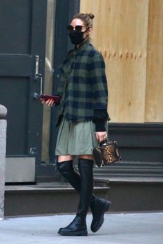 Estilo Olivia Palermo, Olivia Palermo Lookbook, Olivia Palermo Style, Street Style 2016, Casual Outfits, Fashion Outfits, Clothing Hacks, Love Her Style, Instagram Fashion