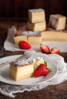 Sweet Tooth Girl   sweetoothgirl:     Magic 3 Layer Custard Cake
