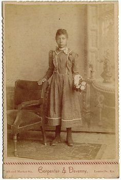 Cabinet Photo of African American Girl from Louisville, Kentucky in 1880. (Older sister)