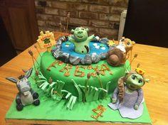 Shrek cakes