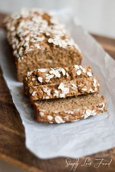 Hearty whole wheat oatmeal bread (V, dairy & egg free options)